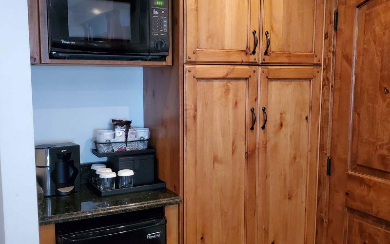 1 Bedroom Cottage Suite-kitchen