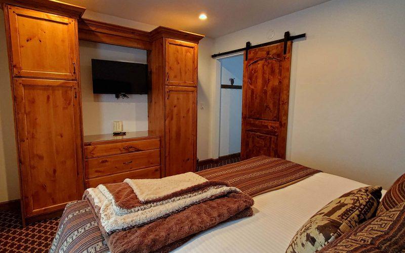 1-Bedroom-Cottage-Suite1